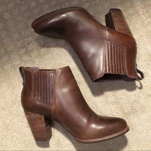 Ugg poppy Chelsea boots
